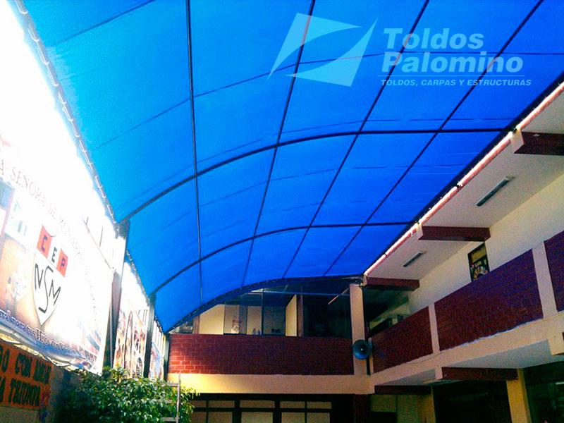Toldos carpas y estructuras palomino per for Modelos de techos para galerias